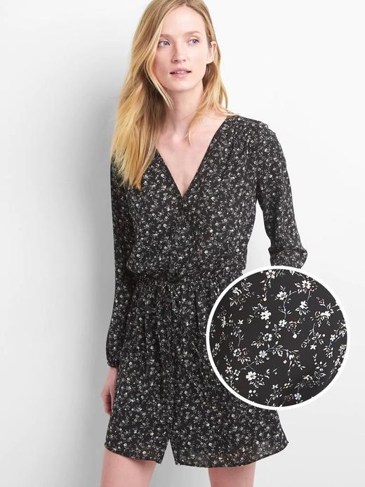 Desenli önü düğmeli elbise