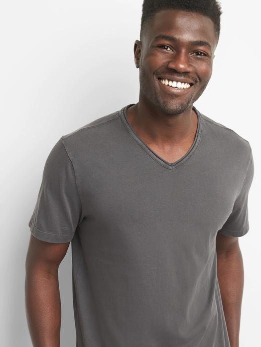 Erkek Siyah Vintage yıkamalı kısa kollu v yaka t-shirt