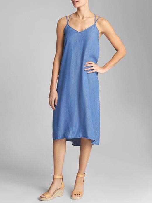 Çift askılı Tencel™ elbise