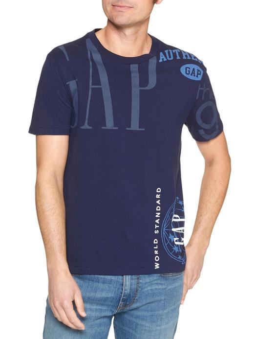 Logo Remix kısa kollu sıfır yaka t-shirt