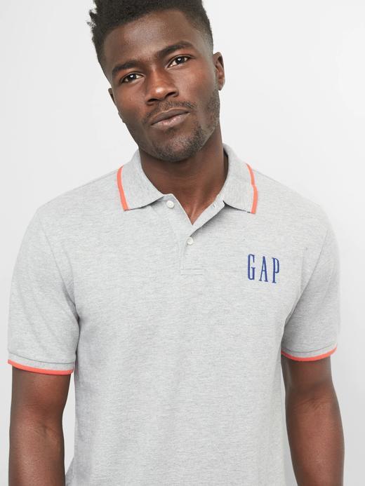 gri Gap Logo Polo T-shirt