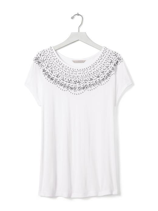 Beyaz İşlemeli bisiklet yaka t-shirt