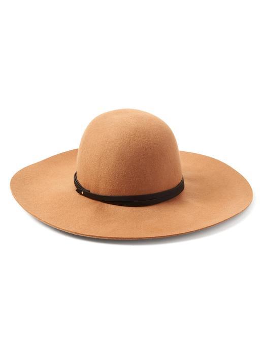 Floppy şapka