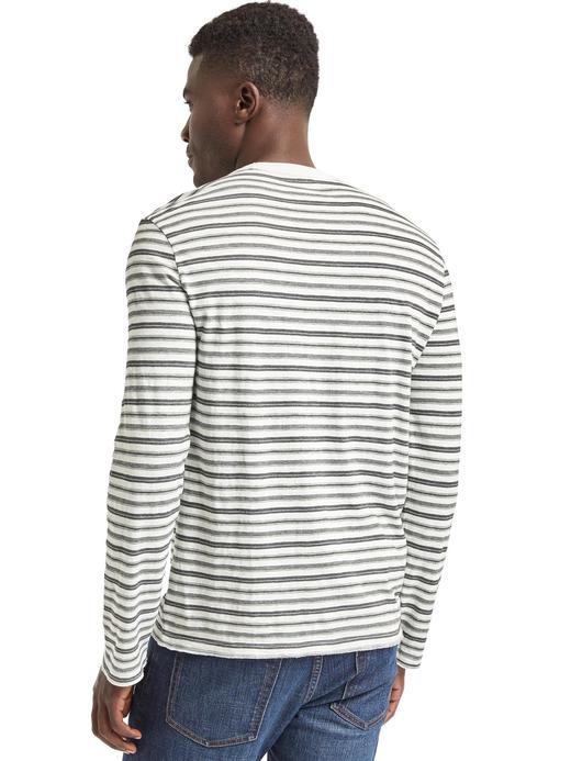 siyah-beyaz çizgili Uzun kollu çizgili t-shirt