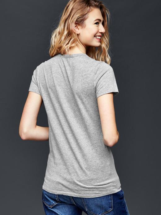 Gap logolu t-shirt
