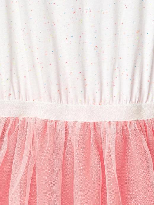 Pırıltılı tüllü elbise