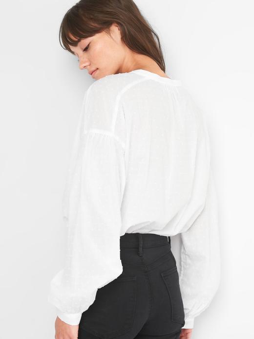 Kadın Beyaz Puantiye detaylı v yaka gömlek