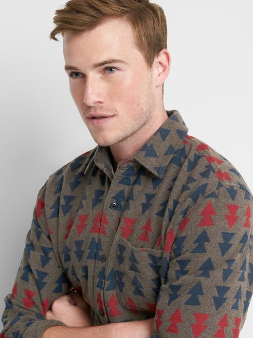 Desenli standart kesim gömlek