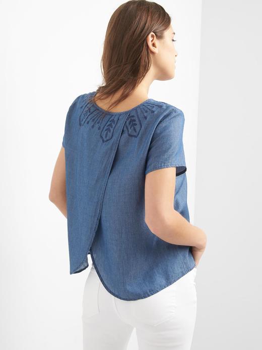 orta indigo Tencel® işlemeli bluz