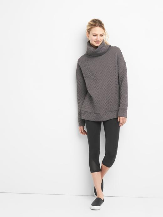 Kadın Siyah Uzun Kollu Jakarlı Sweatshirt