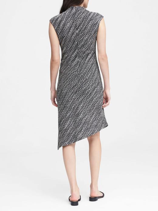 Kadın siyah beyaz Asimetrik Kesim Elbise