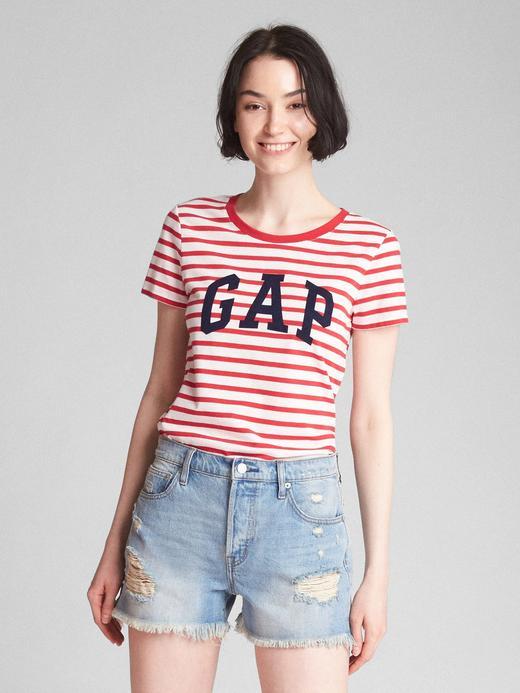 kırmızı Logolu desenli sıfır yaka t-shirt
