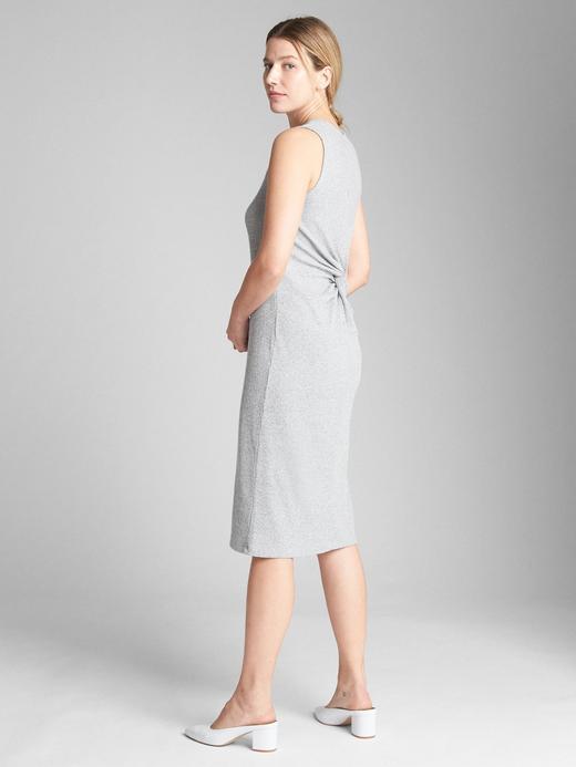 Softspun kolsuz midi elbise