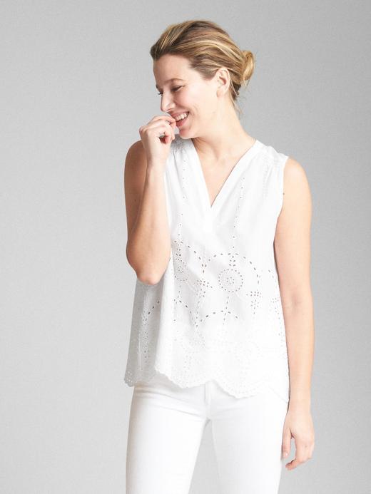 beyaz Kolsuz v yaka bluz