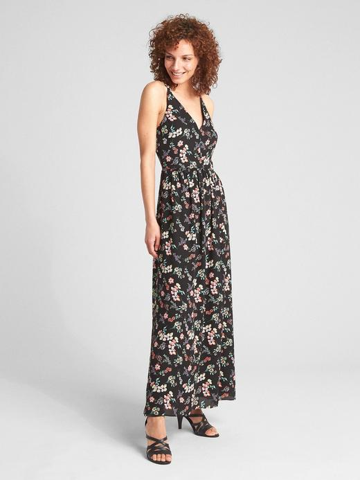 Çiçek desenli v yaka maxi elbise