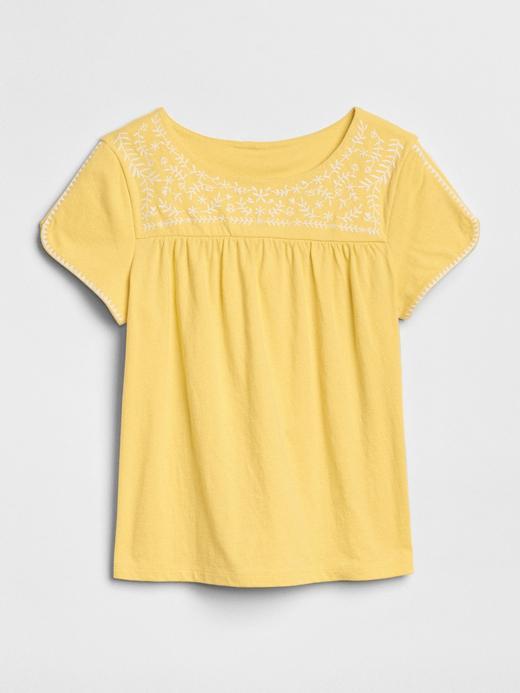 İşlemeli kısa kollu bluz
