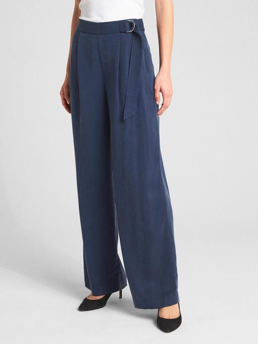 Yüksek belli kuşaklı bol paçalı Tencel™ pantolon