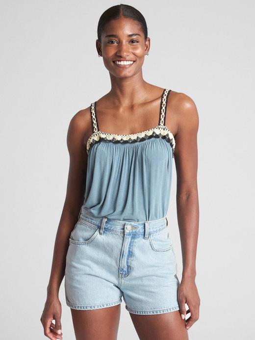 Kadın açık mavi İşlemeli askılı bluz