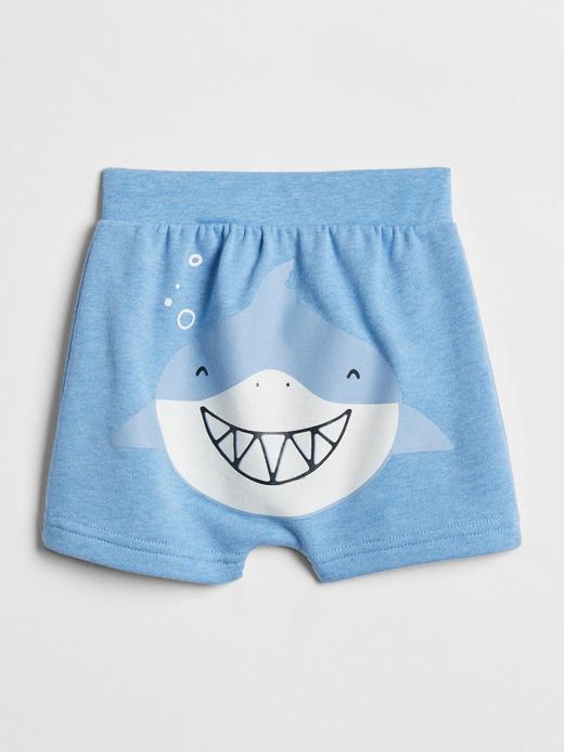 Bebek mavi Köpek balığı desenli şort