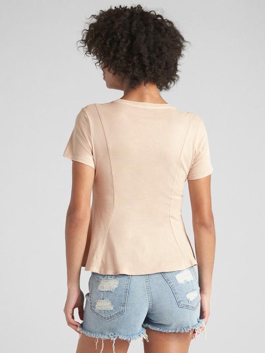 Beyaz Vintage Yıkamalı Kısa Kollu Peplum T-Shirt