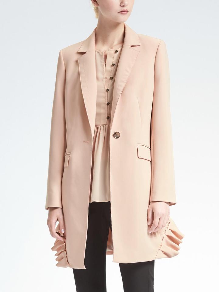 Kadın açık pembe Banana Republic x Olivia Palermo | Fırfır Detaylı Uzun Ceket
