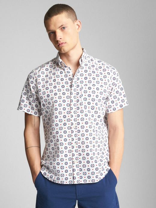 Standart fit kısa kollu keten-pamuk karışımlı gömlek