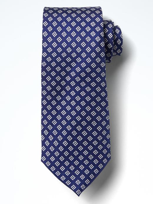 Geometrik desenli kravat