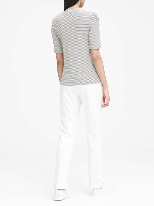 Sıfır Yaka Yumuşak Dokulu Streç T-Shirt