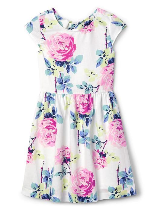 Çiçekli çapraz arkalı elbise