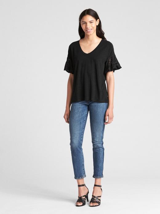 Kısa Dantel Kollu T-Shirt