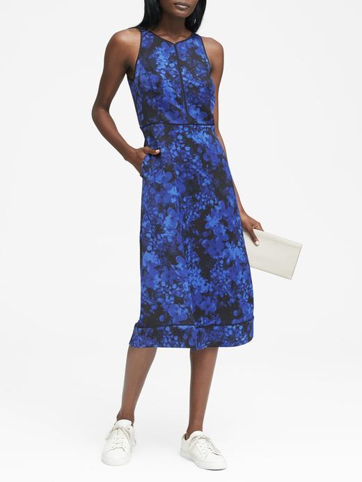Çiçek Desenli Kolsuz Midi Elbise
