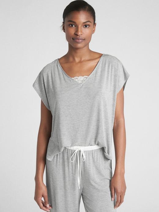V Yaka Modal Karışımlı T-Shirt