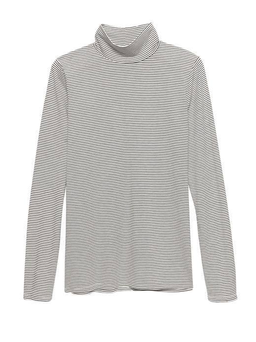 Threadsoft Hafif Kumaşlı Boğazlı T-Shirt