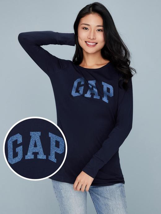 Logolu Uzun Kollu Sıfır Yaka T-Shirt