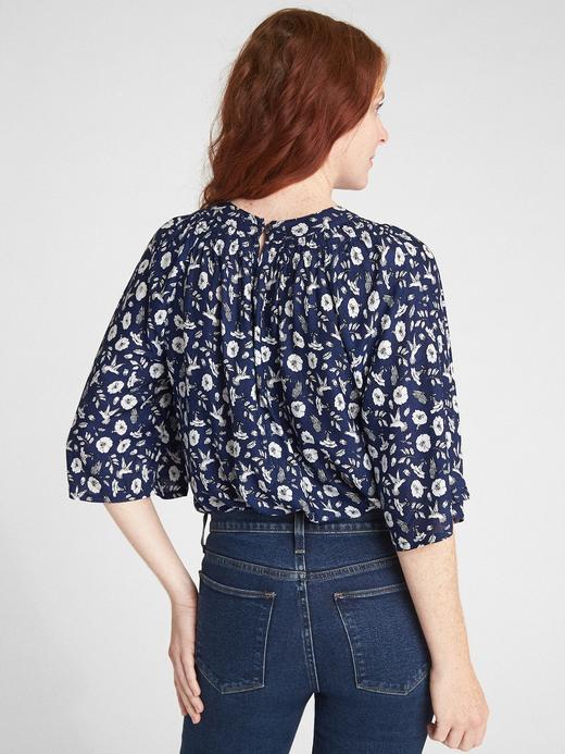 Kadın Siyah Geniş Kollu Çiçek Desenli Bluz