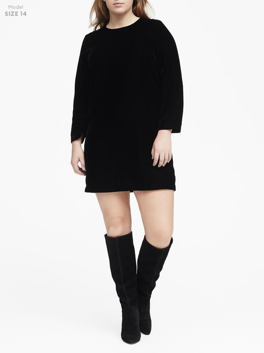 Uzun Kollu Shift Fit Kadife Elbise