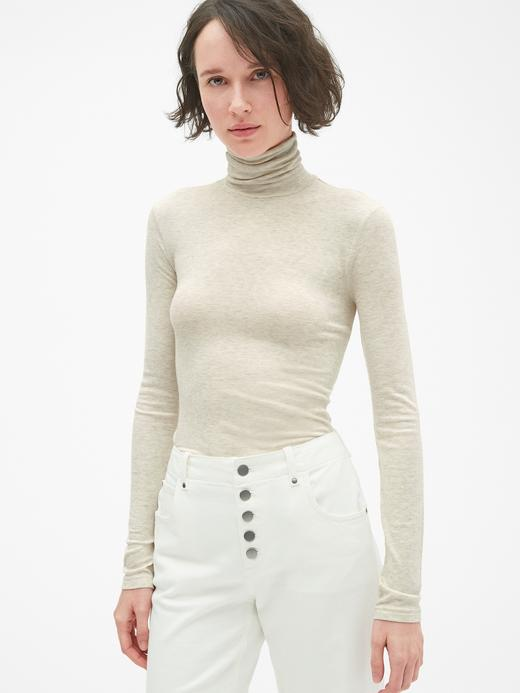 Uzun Kollu Modal Karışımlı Boğazlı T-Shirt