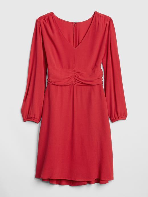 Uzun Kollu V Yaka Elbise