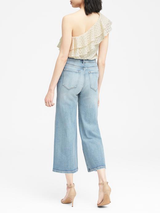 Tek Omuzlu Dantel Detaylı Bluz