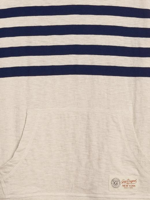 Çizgili Sıfır Yaka Sweatshirt