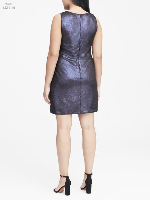 Kadın bej V Yaka Pullu Elbise