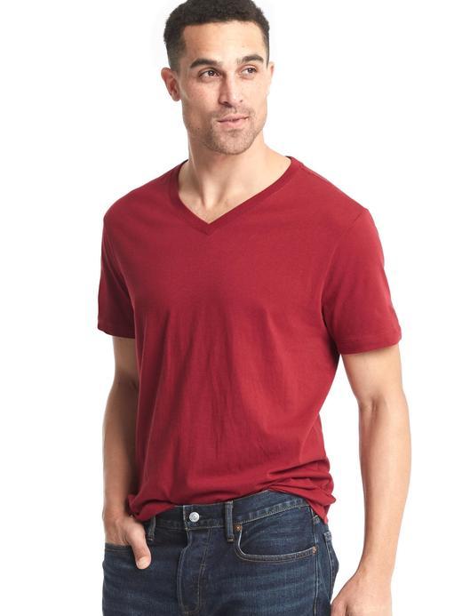 akçaağaç V Yaka Kısa Kollu T-Shirt