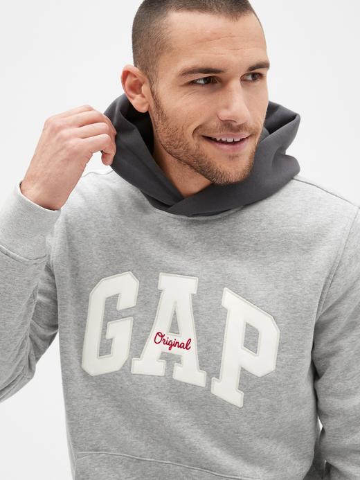 Erkek kırçıllı gri Gap Logo Kapüşonlu Sweatshirt
