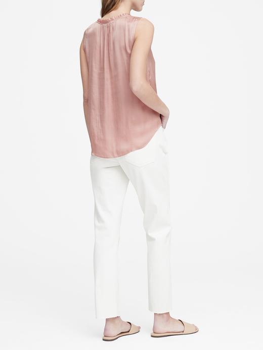 Yumuşak Saten Kolsuz Bluz