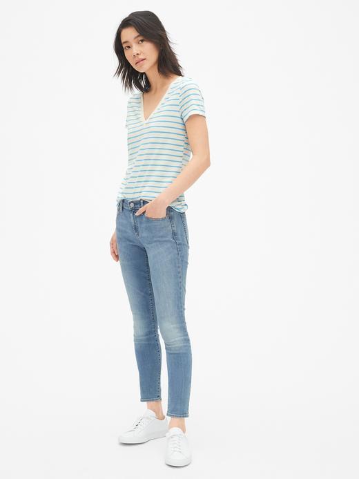 Kadın Pembe Çizgili Vintage V Yaka T-Shirt