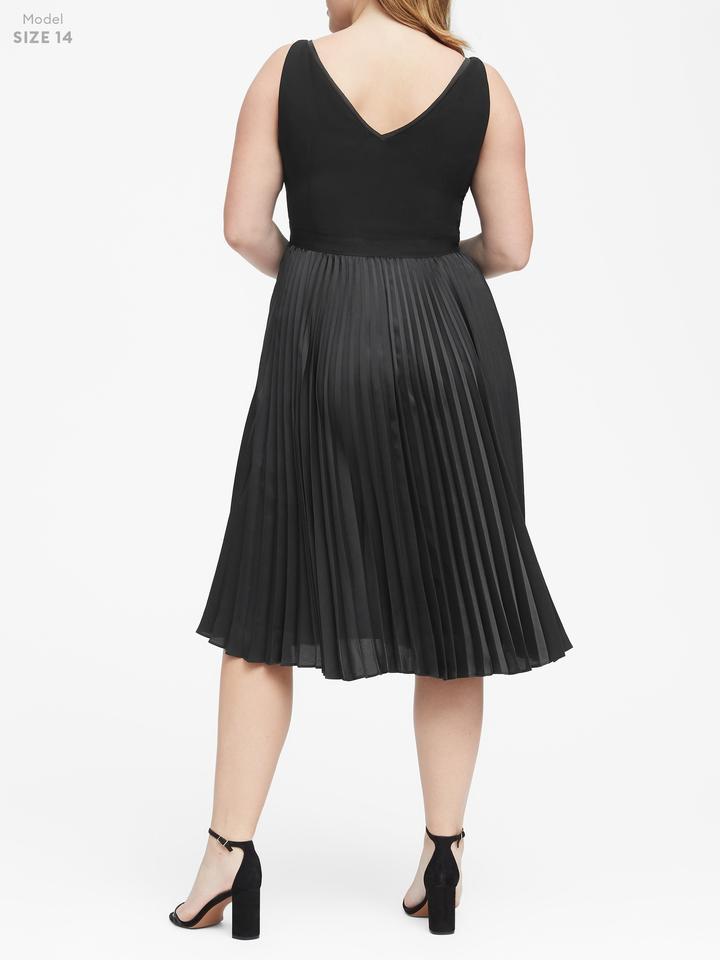 Kadın siyah Pilili Elbise