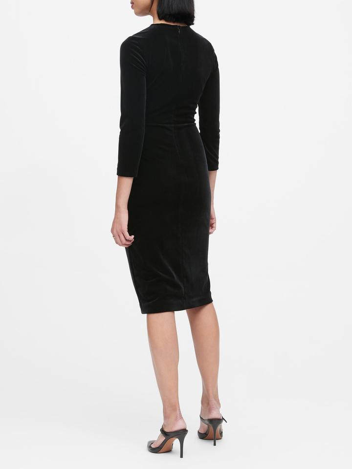 Kadife Bükümlü Elbise