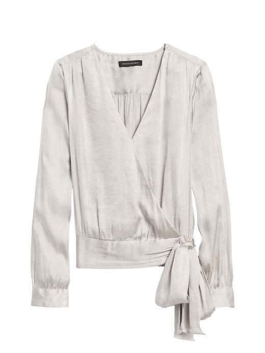 Kadın Beyaz Yumuşak Saten Uzun Kollu Bluz