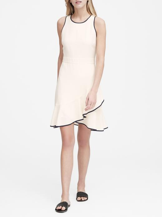 Kadın Bej Fırfırlı Elbise