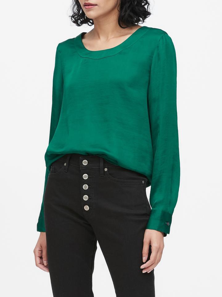 Kadın Yeşil Yumuşak Saten Sırt Detaylı Bluz